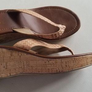 SODA Wedge Flip flops